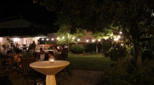 Romantische Gartenhochzeit