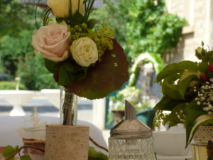 Hochzeitsdekoration mit Naturmaterialien